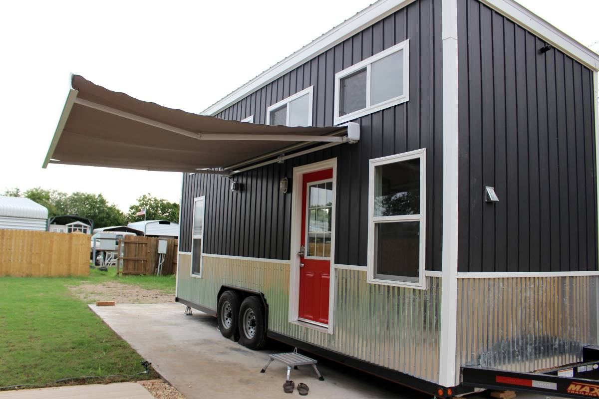 24 tiny house on wheels relax shack model manor grey for Shack homes